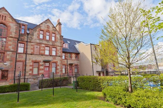 Thumbnail Flat for sale in Coplaw Court, Govanhill, Glasgow