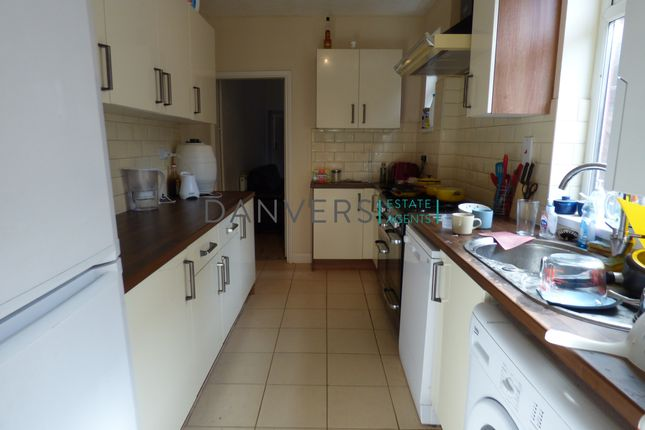 Thumbnail Terraced house to rent in Clarendon Street, Leicester