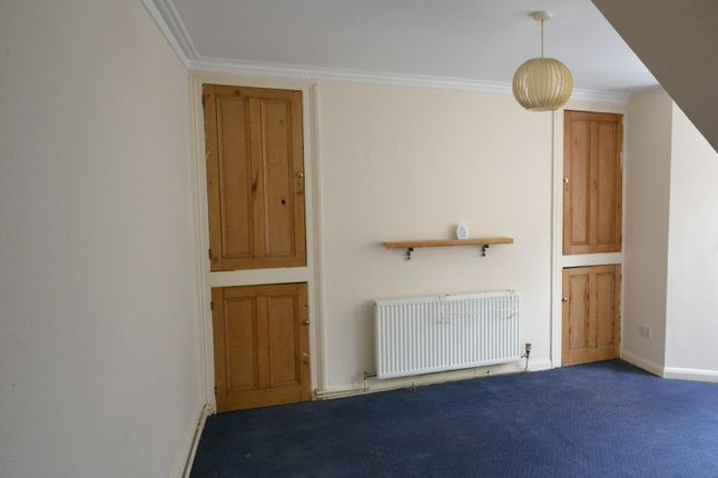 Flat to rent in Napier Terrace, Mutley, Plymouth