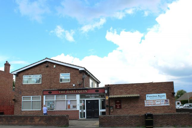 Thumbnail Pub/bar to let in King Edward Road, Thorne, Doncaster, South Yorkshire