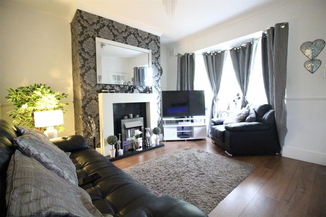 Living Room of Hall Road, Hull HU6