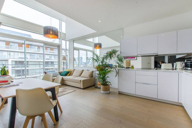 Thumbnail Flat to rent in Granite Apartments, Greenwich