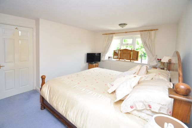 Bedroom One of Forsythia Close, Bicester OX26