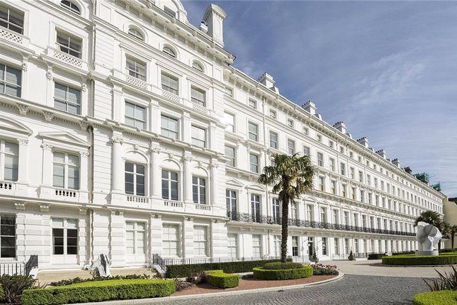 Thumbnail Flat for sale in The Lancasters, London