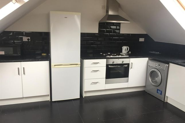 Thumbnail Shared accommodation to rent in Fenham Road, Arthurs Hill, Newcastle Upon Tyne