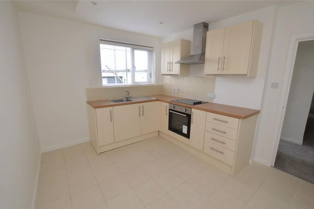 Thumbnail Flat to rent in Fore Street, St Marychurch, Torquay, Devon