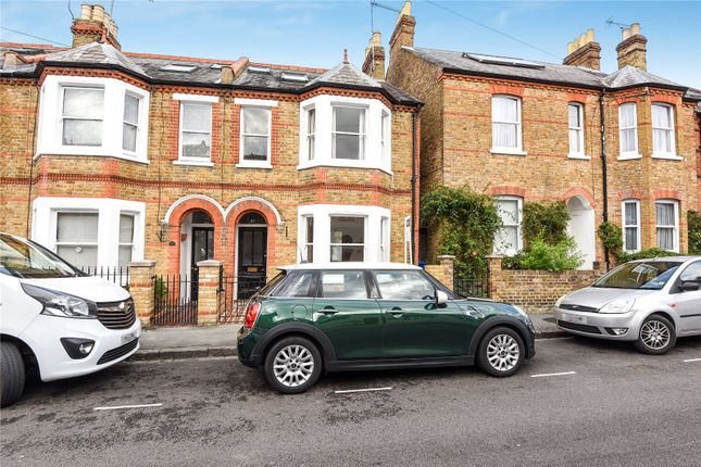 Thumbnail Terraced house to rent in Queens Road, Windsor, Berkshire