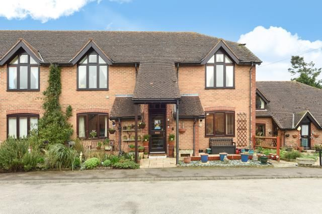 Thumbnail Flat for sale in Sweet Briar, Marcham