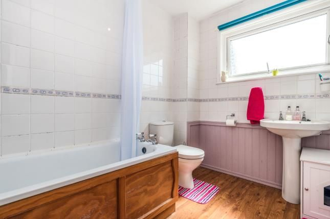 Bathroom of Fair Acre Rise, Fareham PO14
