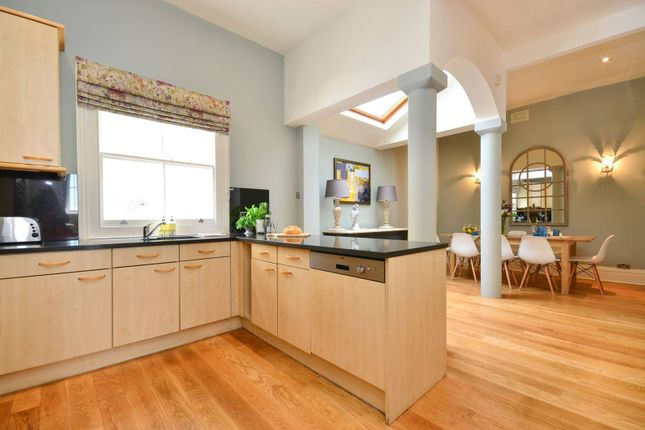 Thumbnail Terraced house for sale in Redfield Lane, Earls Court