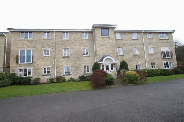 Thumbnail Flat to rent in Farfield Rise, Brighouse