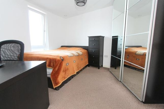 Bedroom 1B of London Road, Wallington SM6