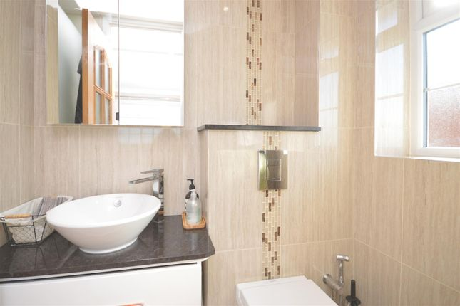 Ensuite of High Beeches, Banstead SM7
