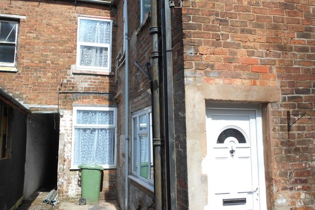 Thumbnail Flat to rent in Wolverhampton St, Willenhall
