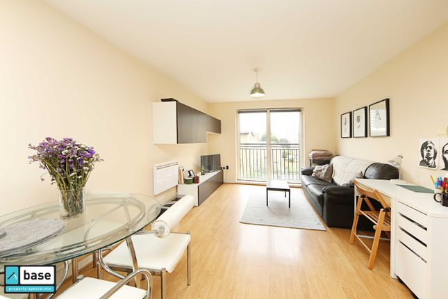Thumbnail Flat to rent in Wealden House, Capulet Square, Bow