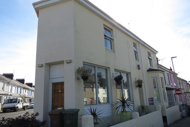 Thumbnail End terrace house for sale in Oakfield Terrace Road, Plymouth