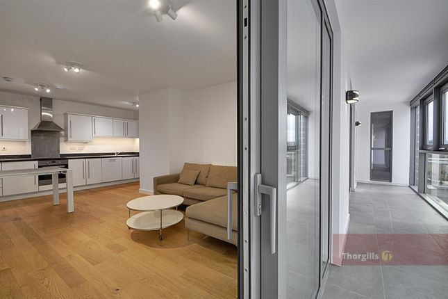 Thumbnail Flat to rent in Westgate House, Great West Quarter, Brentford
