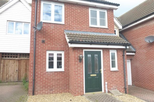 2 bed semi-detached house to rent in Jamestown Close, Harwich