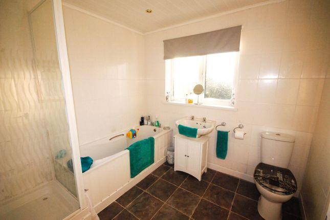 Bathroom of Dykelands Way, South Shields NE34