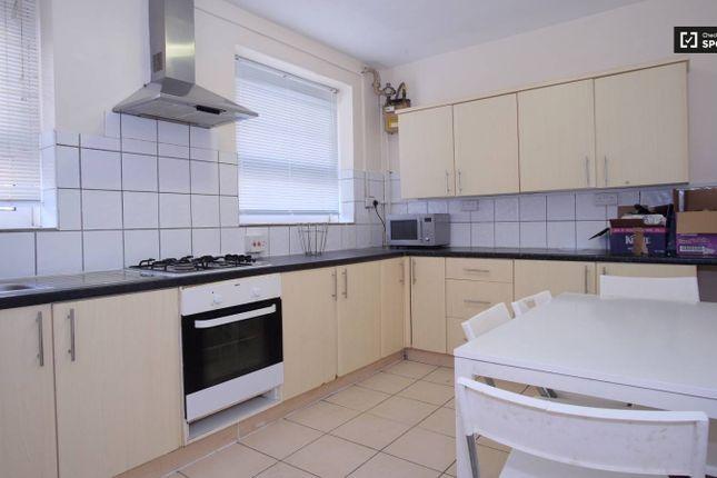 5 bed flat to rent in Brune Street, Spitalfields, London E1