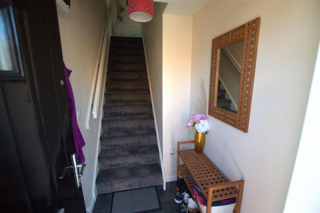 Entrance Hallway of Murrayfield Avenue, Greylees, Sleaford NG34