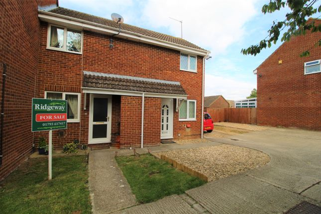 Thumbnail Terraced house for sale in Wakefield Close, Freshbrook, Swindon