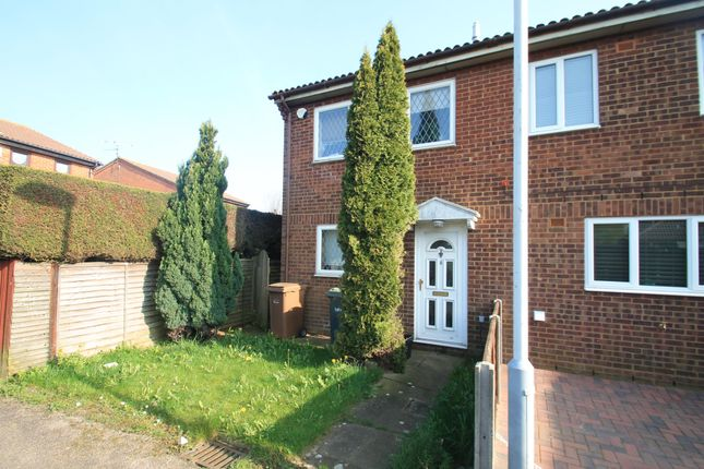 Thumbnail Property to rent in Branton Close, Luton