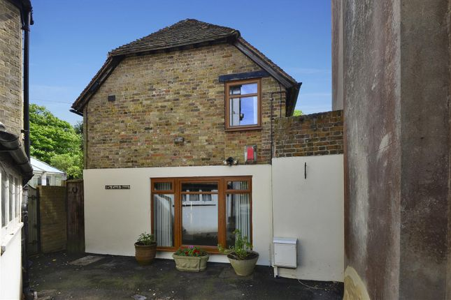 Thumbnail Cottage for sale in Canterbury Road, Birchington