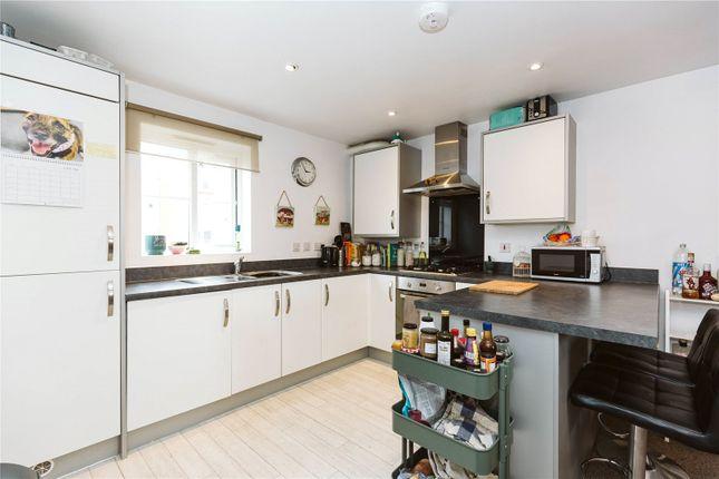 Thumbnail Flat to rent in Mallard Close, Speedwell, Bristol