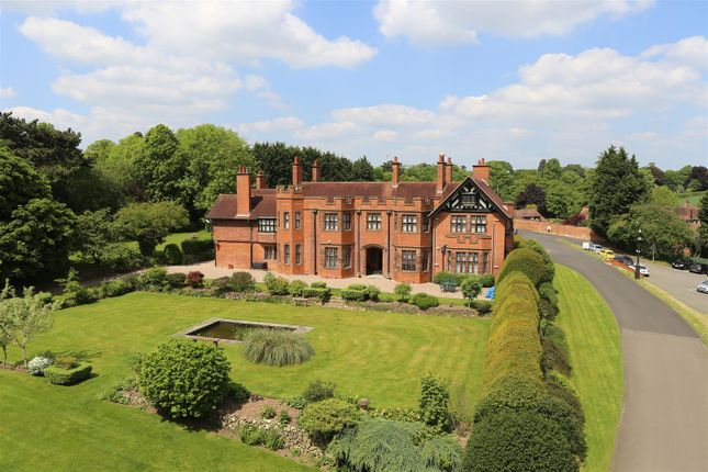 Thumbnail Property for sale in Kenilworth Road, Blackdown, Leamington Spa. Warwickshire