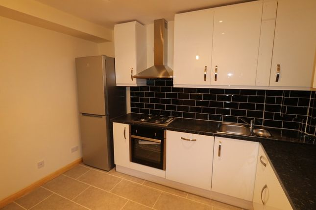 Thumbnail Terraced house to rent in Sandycroft, Plumstead