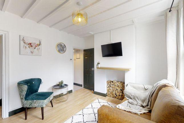 Thumbnail Shared accommodation to rent in Gardiner Street, Gillingham