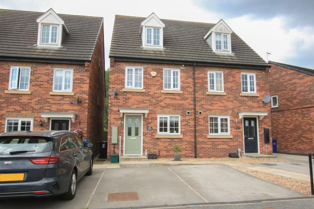 Thumbnail Town house for sale in Dove Road, Mexborough