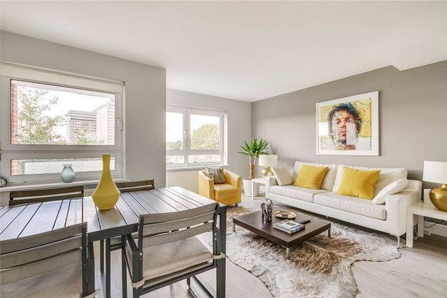 3 bed flat for sale in Horton House, Field Road W6