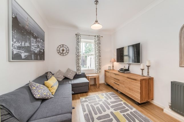 1 bed flat to rent in Lavender House, 1 Dairy Farm Place, Peckham
