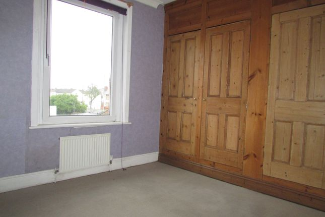 Thumbnail Flat to rent in Copnor Road, Portsmouth