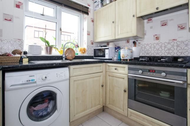 Kitchen of Downlands Court, Browning Road, Luton, Bedfordshire LU4