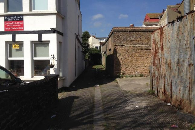Picture No.05 of Station Road, Westcliff-On-Sea, Essex SS0