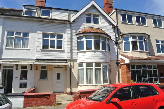 Thumbnail Flat for sale in Gynn Avenue, Blackpool