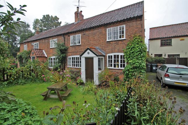 Thumbnail Cottage for sale in Main Street, Woodborough, Nottingham