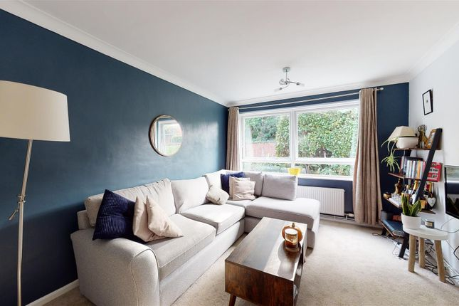 2 bed flat for sale in Old Dover Road, Canterbury CT1