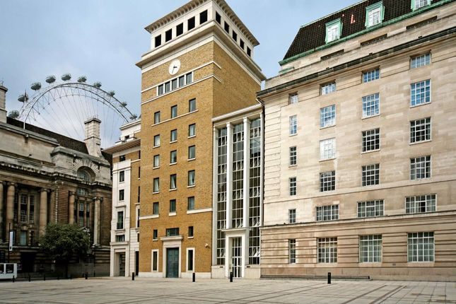 Thumbnail Flat to rent in Forum Magnum Square, London