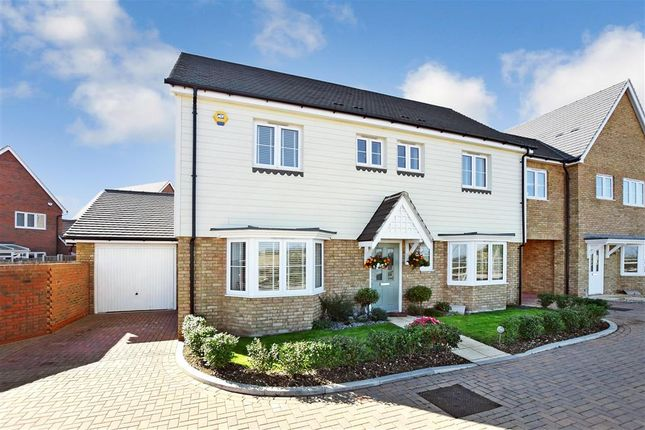 Thumbnail Link-detached house for sale in Briar Lane, Hoo, Rochester, Kent