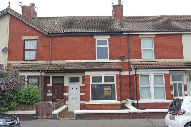 3 bed terraced house to rent in Radcliffe Road, Fleetwood FY7