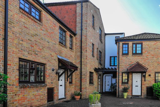 Thumbnail End terrace house to rent in The Farthings, Kingston-Upon-Thames