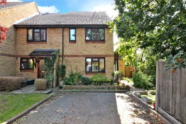 Thumbnail Terraced house for sale in Boscombe Road, Worcester Park