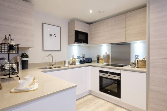 2 bedroom flat for sale in The Loftings - Vicus Way, Off Staffterton Way, Maidenhead