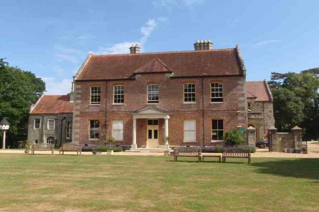 Thumbnail Office to let in Landguard Manor Road, Shanklin