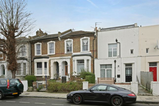 Thumbnail Town house for sale in Stowe Road, London
