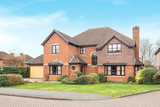 Thumbnail Detached house for sale in Maple Close, Pulloxhill